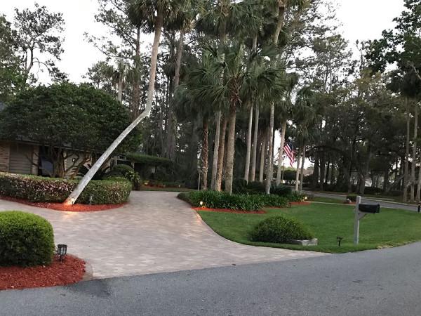 Beautiful landscape of a house in Ponte Vedra Beach Florida